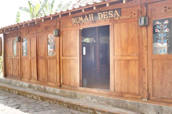 Rumah Desa Gondang Legi
