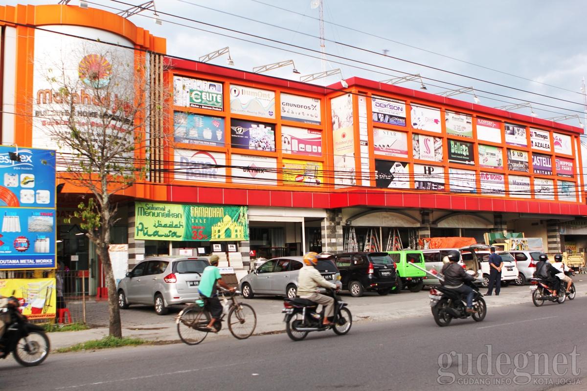 Supermarket Bangunan Matahari Jaya Yogyakarta