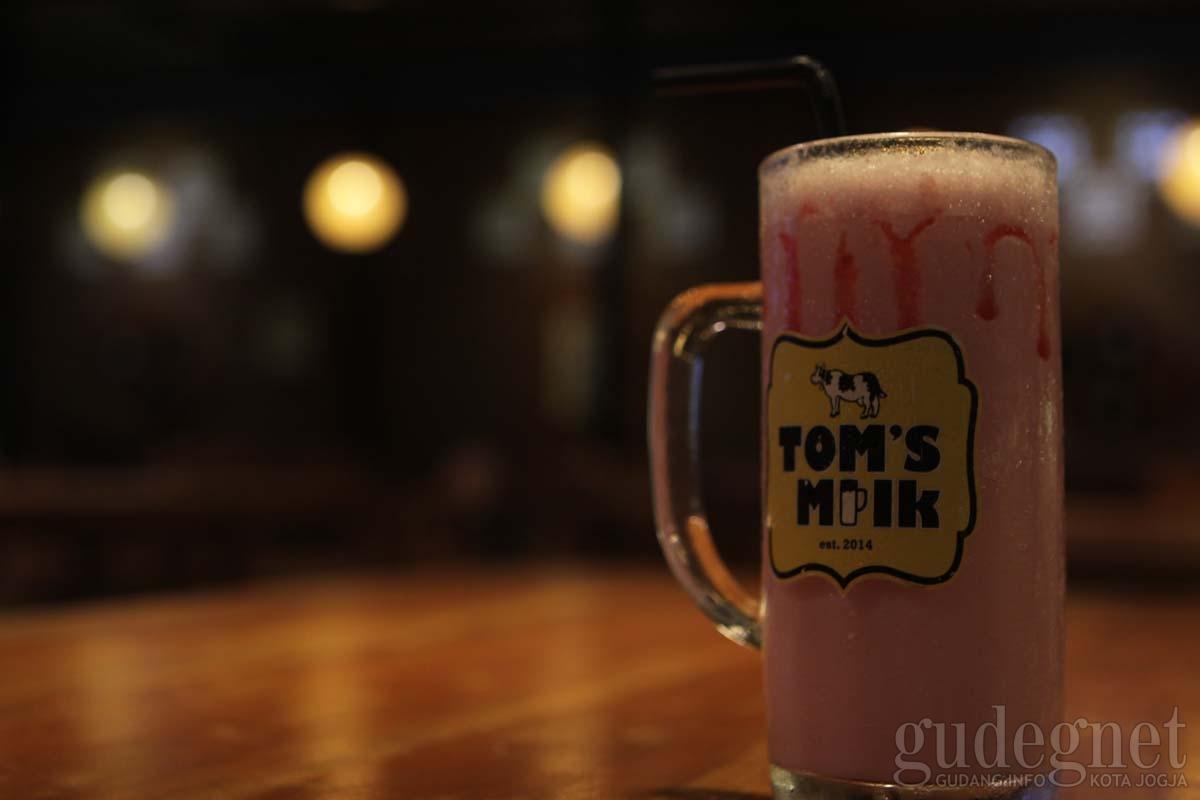 Tom's Milk Jogja