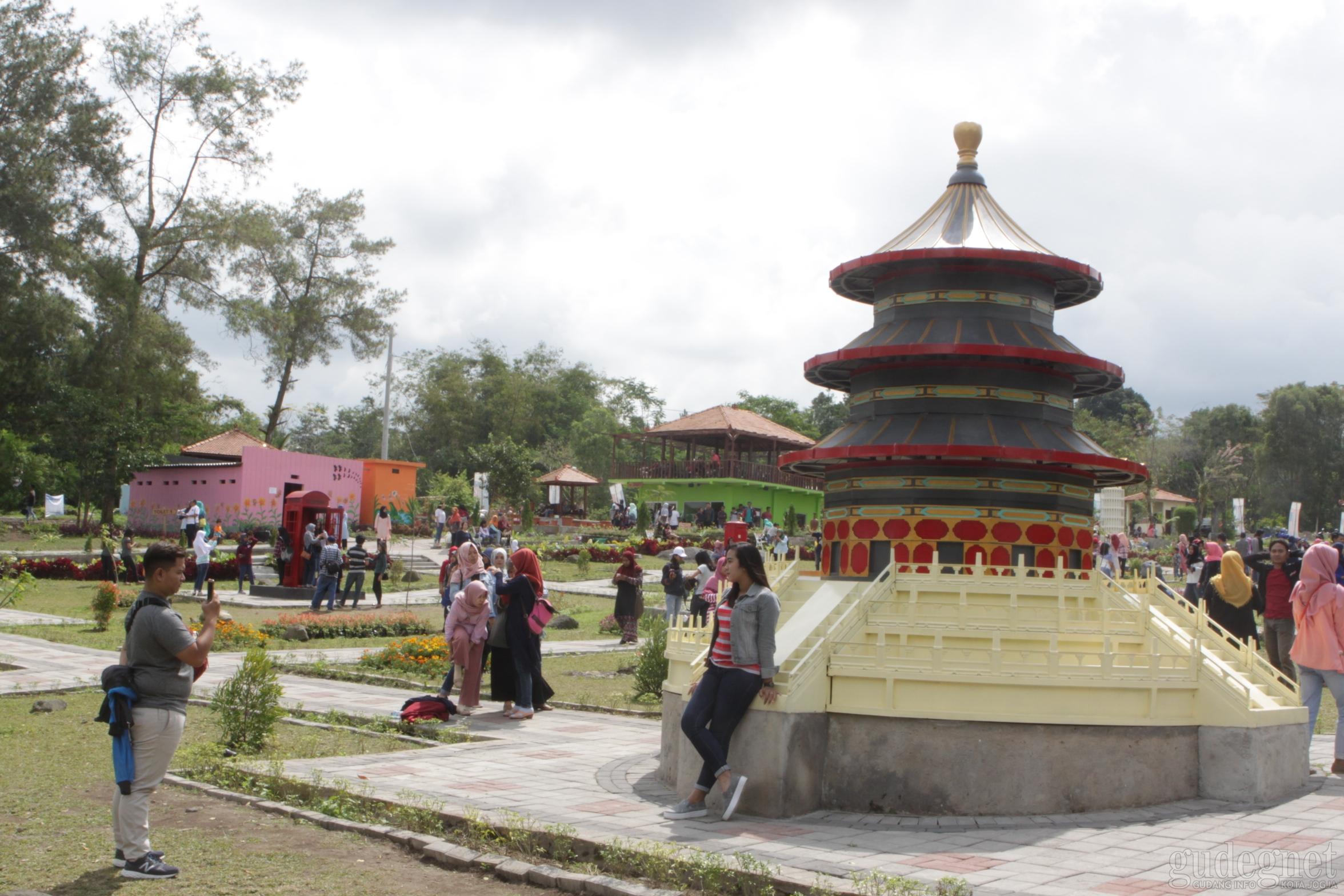The World Landmark Merapi Park Yogya Gudegnet