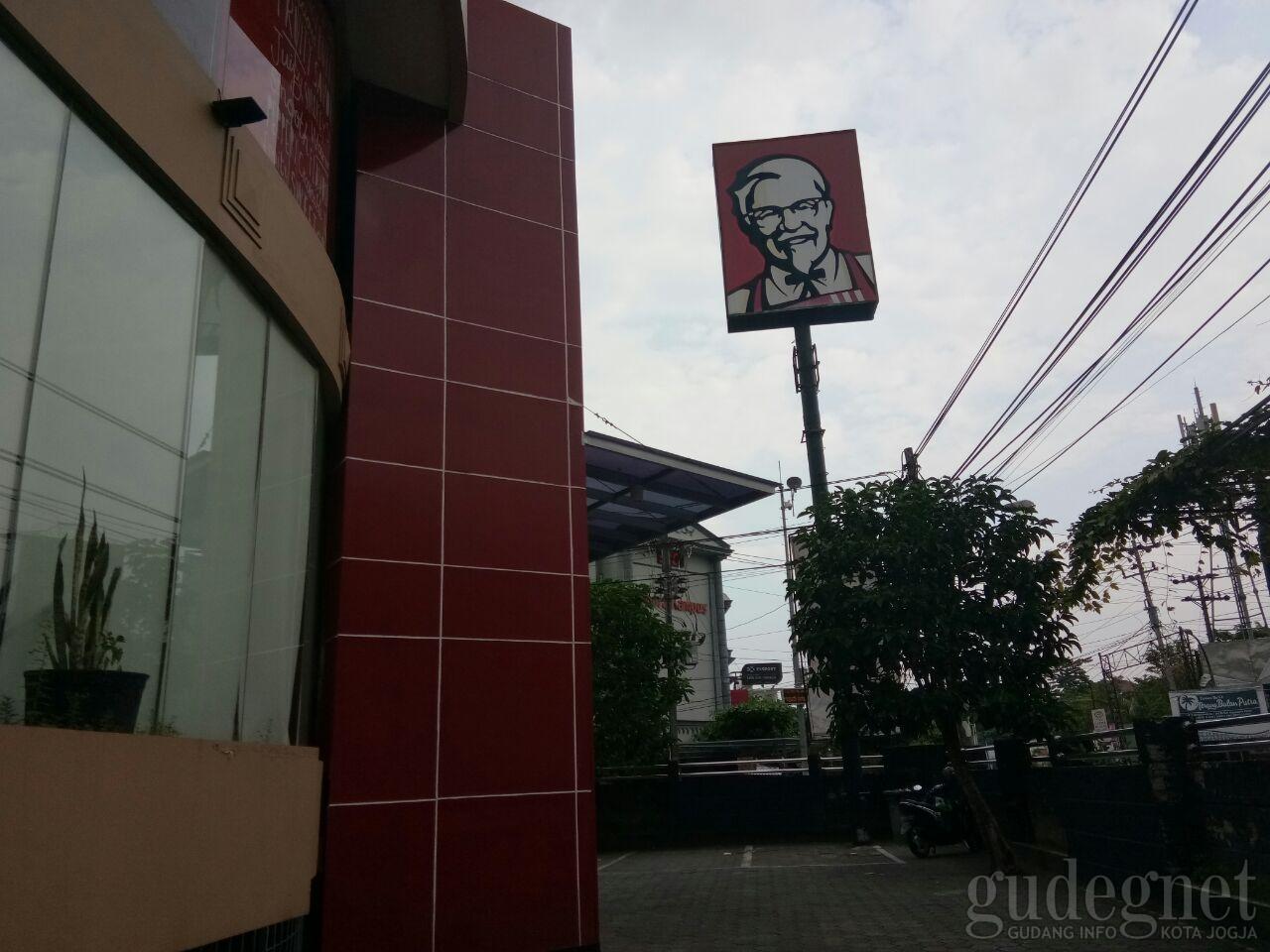 KFC UGM Mirota Yogyakarta