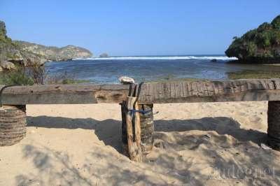 Pantai Drini : Pantai Perawan di Selatan Jogja Yogyakarta