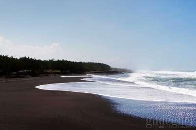 Pantai Congot: Surga Nelayan di Sisi Barat Yogyakarta