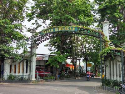 Pasar Giwangan Yogyakarta