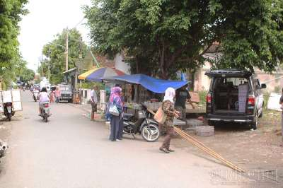 Pasar Kluwih Ngadikusuman Yogyakarta