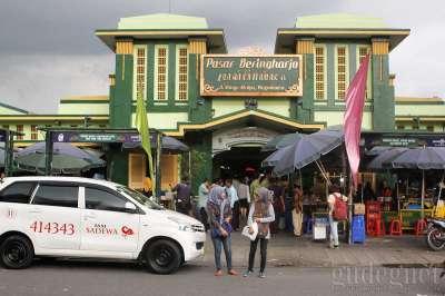 Pasar Beringharjo Yogyakarta