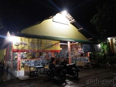 Warung Poci Astomulyo Kaliurang