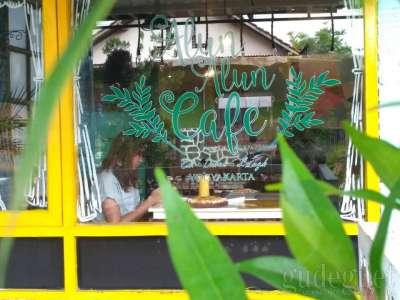 Alun-alun Cafe