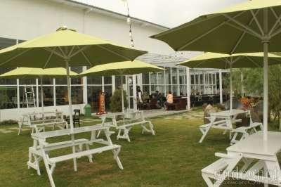 Refresh Cafe and Garden Jogja