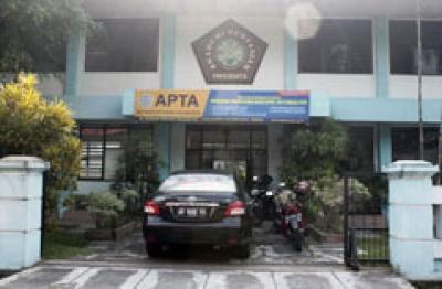 Akademi Pertanian Yogyakarta (APTA)