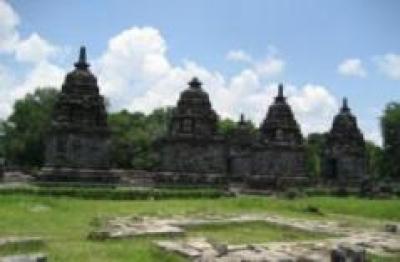 Candi Lumbung Yogyakarta