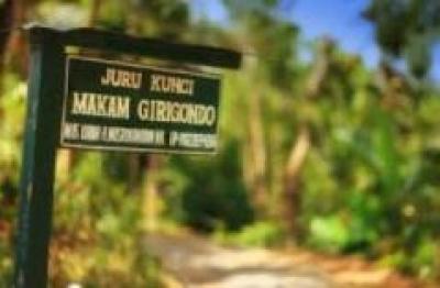 Makam Girigondo Yogyakarta
