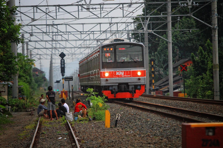 Kereta Rel Listrik Yogyakarta-Solo