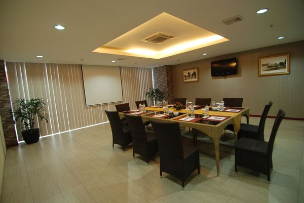 Srikandi - Meeting Room