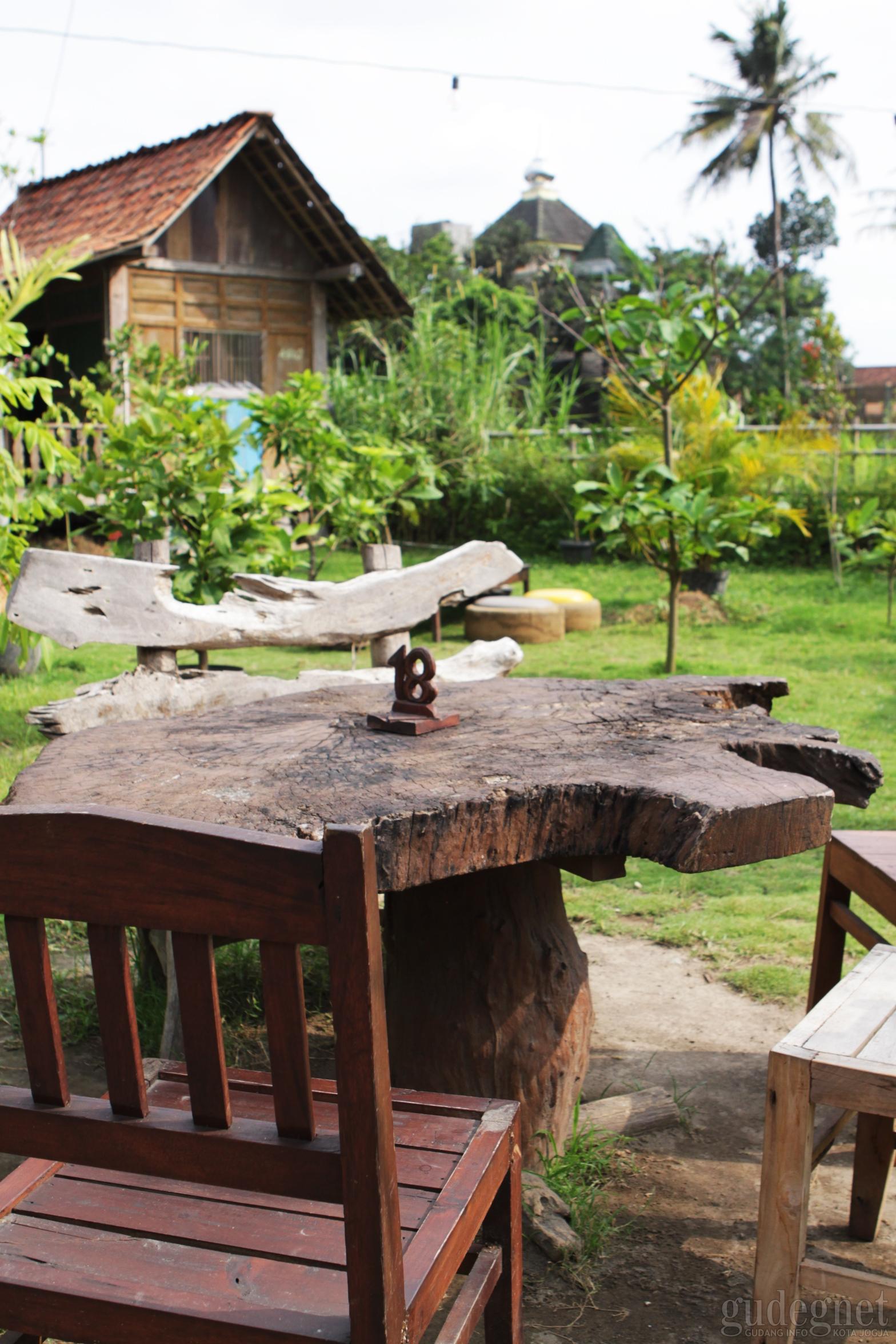 Kampung Jawa Restoran Yogya Gudegnet