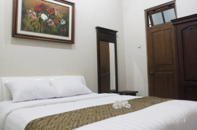 Executive Room Griya Yunika (Merapi Room)
