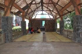 Salah satu rumah makan di Gua Pindul