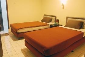 Kamar yang nyaman di Borobudur Guest House