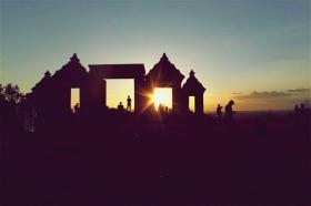 Candi Boko kerap digunakan sebagai lokasi foto pre wedding