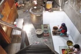 Proses tradisional pembuatan jamu