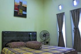 Kamar tidur di Omah Salakka 1