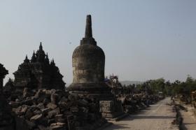 Candi Plaosan Memiliki Corak Agama Budha
