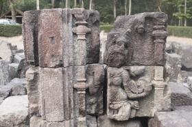 Salah Satu Relief yang Terdapat di Candi Morangan