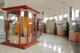 Koleksi di museum Perjuangan