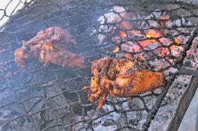 Proses membakar ayam