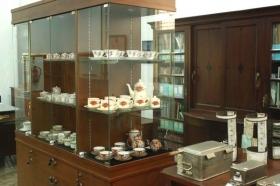 koleksi cangkir dr. Yap