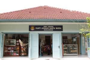 Unit usaha panti asuhan Santa Maria