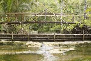 Jembatan di atas jurang Pulosari