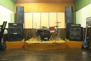 gelegar aksi jiwa muda di SP Music Studio