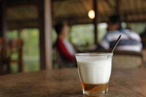 Kafir, salah satu minuman sehat di Warung Bumi