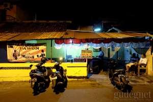 Tampilan depan warung gudeg Pawon Yogyakarta