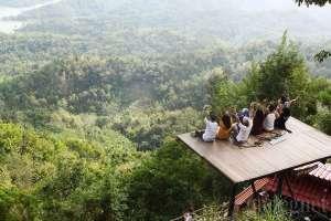salah satu spot foto di wisata Kalibiru