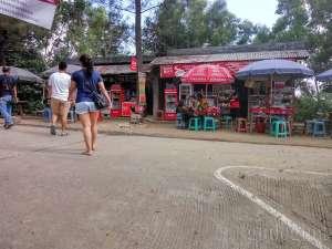 suasana warung yang ada di Kalibiru