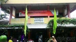 bagian depan Pasar Sentul