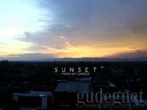 Sunset di Crystal Lotus Yogyakarta