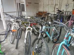 berbagai macam jenis sepeda yang di jual di pasar sepeda GAPPSTA