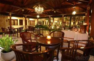 Restaurant Indah Palace Hotel