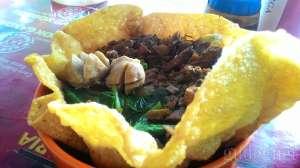 Mie ayam putih standar mangkuk bisa dimakan + bakso