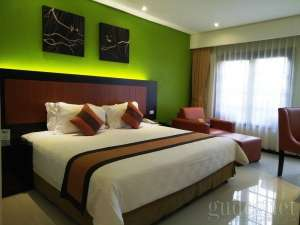 Deluxe room Jogjakarta Plaza Hotel