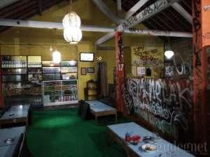 Suasana di Warung Poci Astomulyo