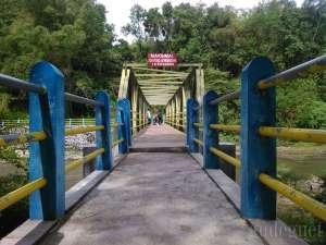 Jembatan baru yang berada disisi selatan jembatan Opak yang lama