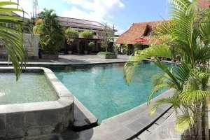 pool_mutiara_hotel