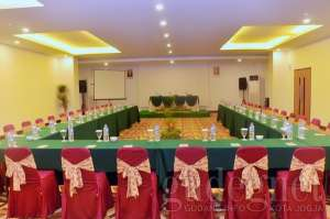 meeting room_abadi hotel