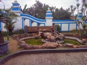 Patung Soeharto semasa kecil