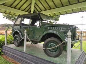 Duplikat kendaraan waktu penculikan pahlawan