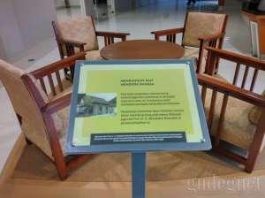 Koleksi di museum UII